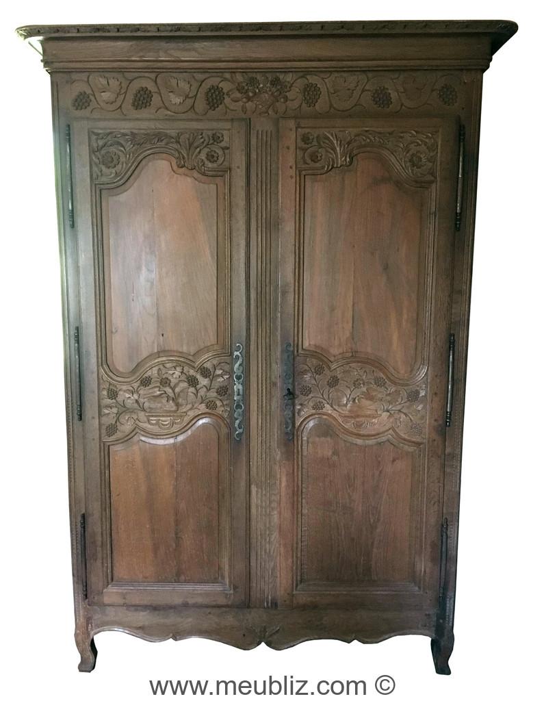 armoire normande louis xv - louis xvi à corniche droite en surplomb