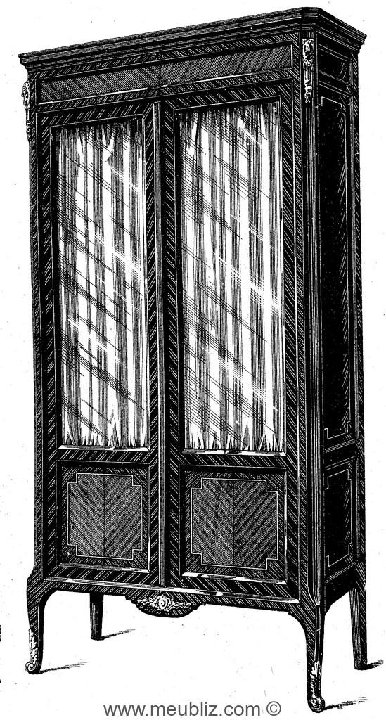 vitrine deux portes meuble de style. Black Bedroom Furniture Sets. Home Design Ideas
