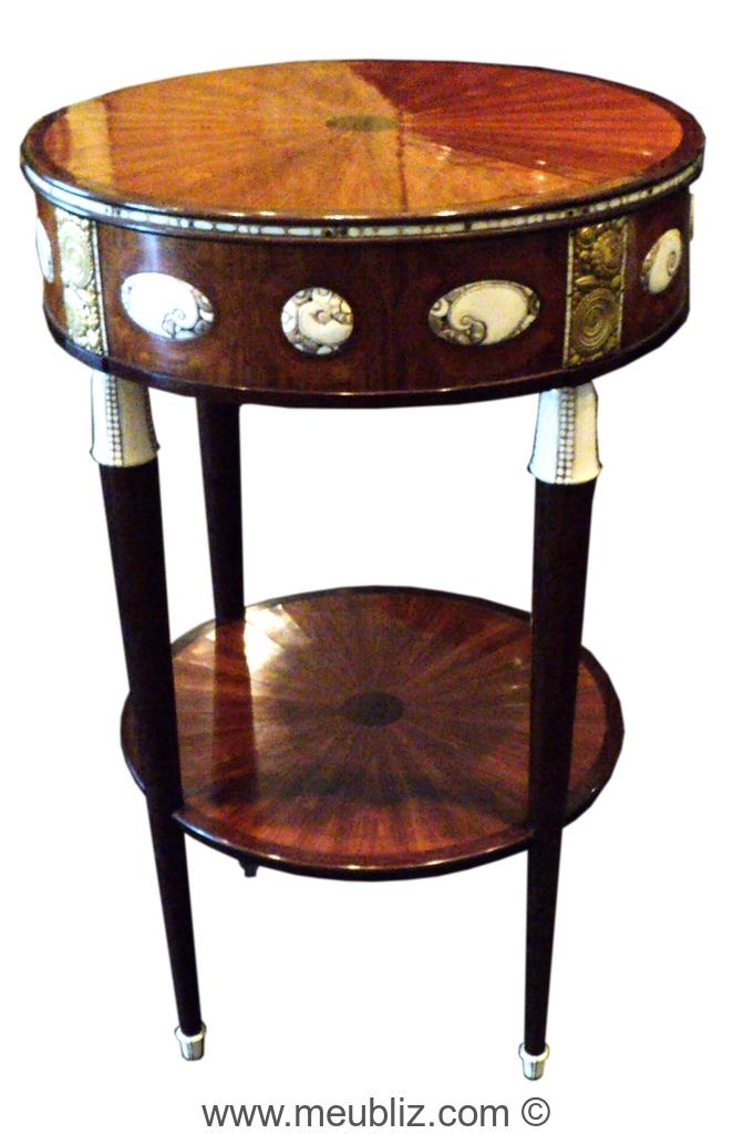 d finition d 39 une table bouillotte. Black Bedroom Furniture Sets. Home Design Ideas