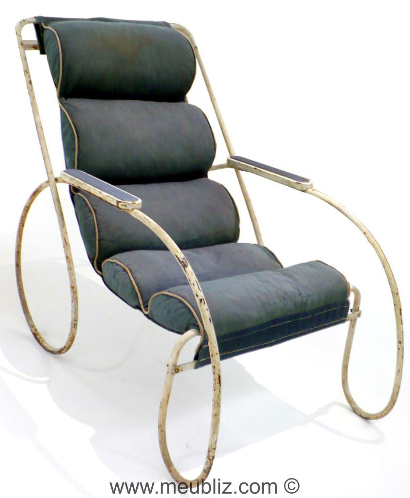 fauteuil d 39 ext rieur de 1945 par eileen gray meuble design. Black Bedroom Furniture Sets. Home Design Ideas