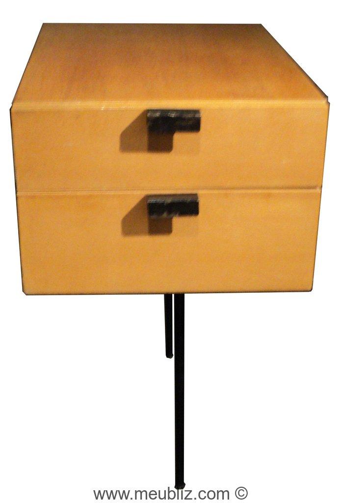 Bureau tanis cm 141 par pierre paulin meuble design for Meuble bureau 50 cm
