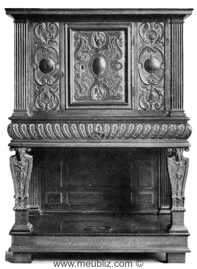 Crédence Renaissance Henri II à vantaux et montants en balustres ou ...