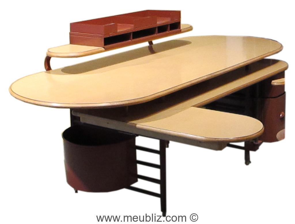 Bureau johnson wax administration par frank lloyd wright for Meuble bureau original