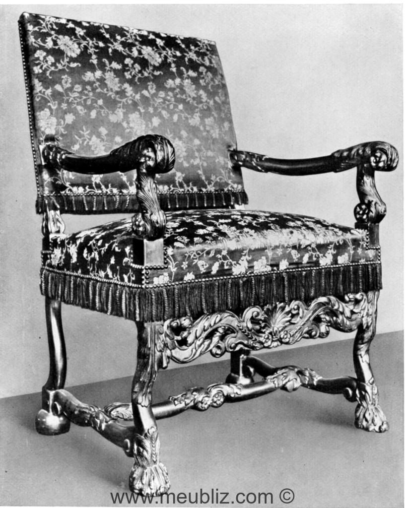 Meuble H Et H fauteuil louis xiv à pieds en pattes feuillagées et