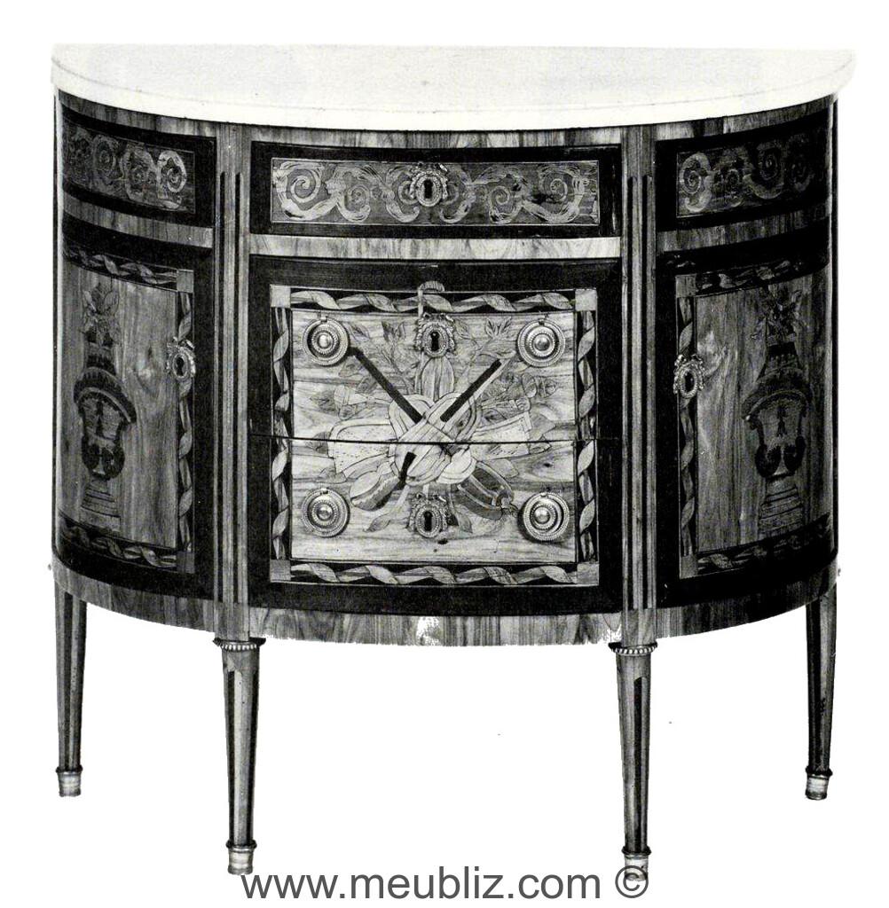 commode demi lune louis xvi trois rangs de tiroirs sur. Black Bedroom Furniture Sets. Home Design Ideas