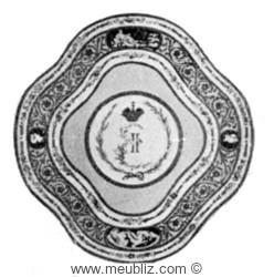 assiette en porcelaine de Sèvres de 1778, pour l'impératrice de Russie