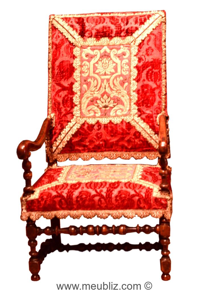 Fauteuil Louis XIV Garni à Bras Incurvés Avec Support Et Pieds - Fauteuil louis xiv