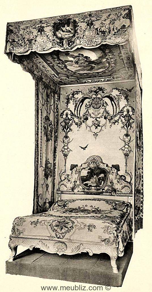 Lit la duchesse louis xiv meuble de style for Meuble louis xiv