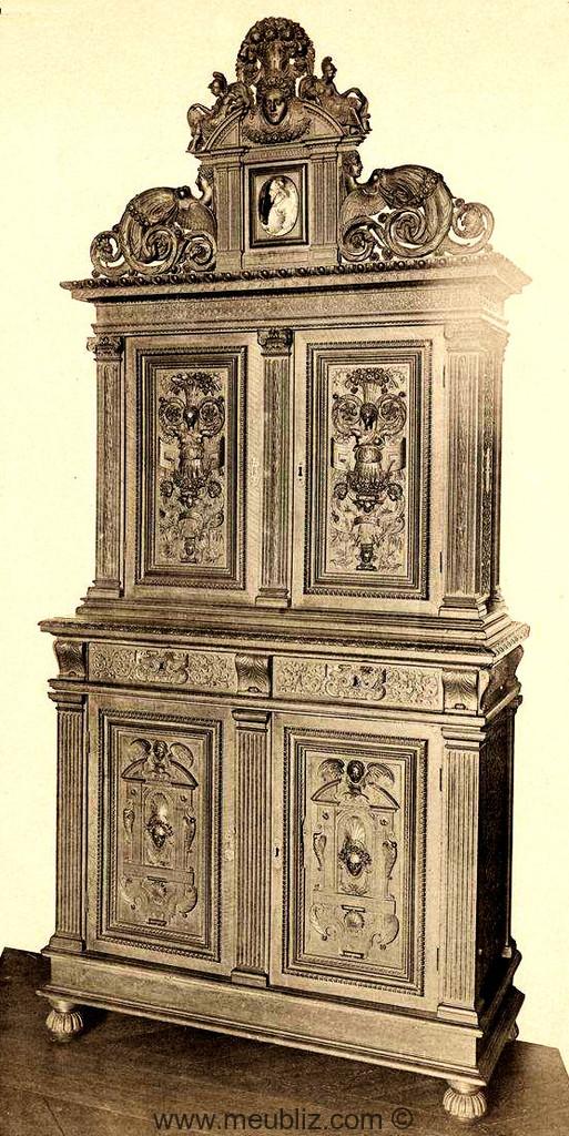 Renaissance Francaise Meubles De Style Et Mobilier Ancien
