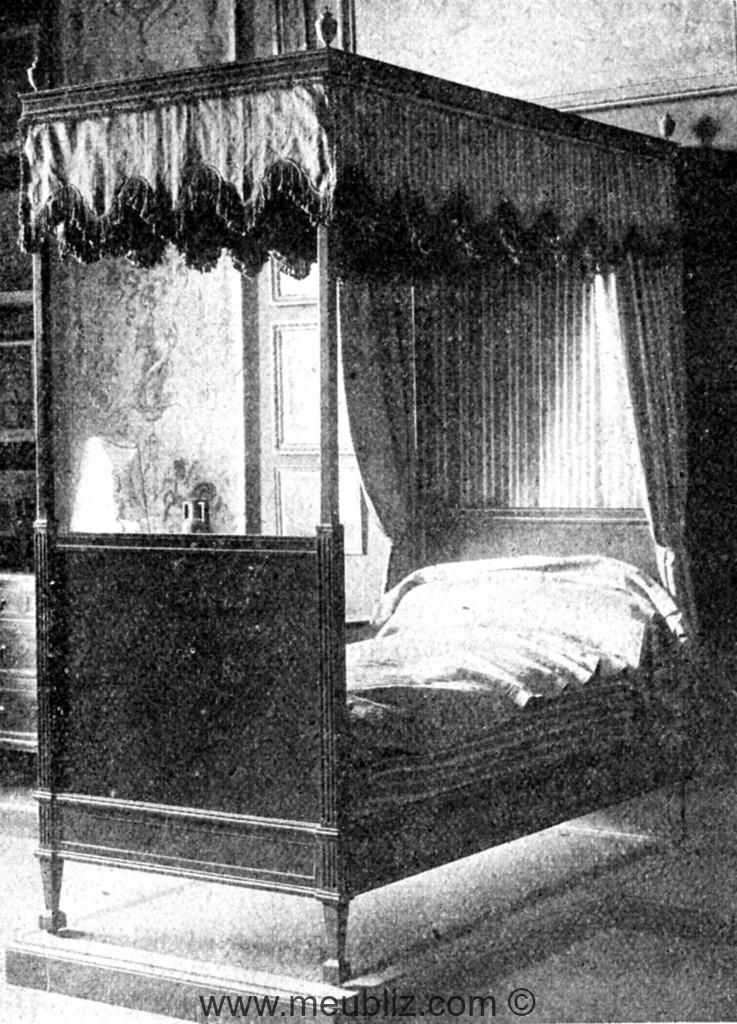 lit baldaquin louis xvi meuble de style. Black Bedroom Furniture Sets. Home Design Ideas