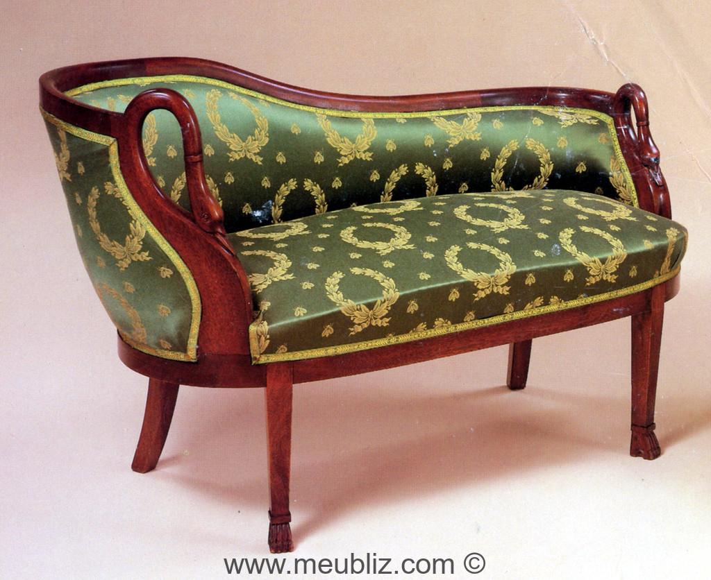 m ridienne empire col de cygne meuble de style. Black Bedroom Furniture Sets. Home Design Ideas