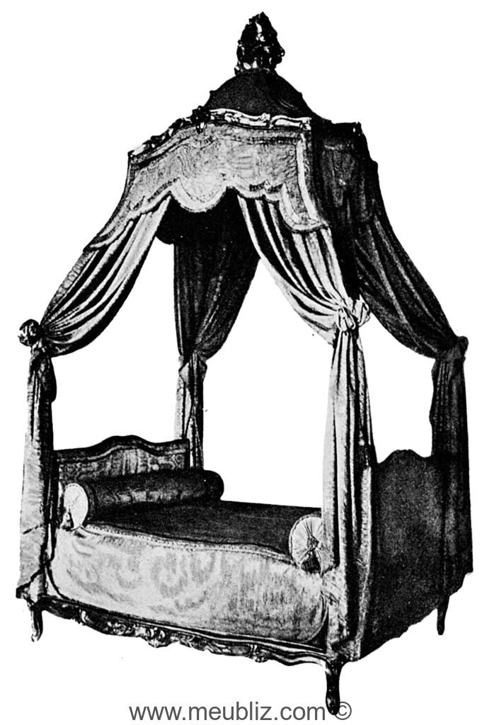 lit la polonaise louis xv meuble de style. Black Bedroom Furniture Sets. Home Design Ideas