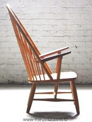 fauteuil Paon de Hans Wegner