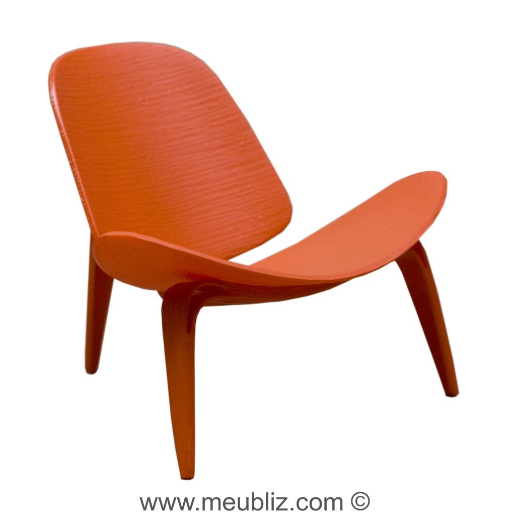 fauteuil ch07 shell chair coquillage par hans j. Black Bedroom Furniture Sets. Home Design Ideas