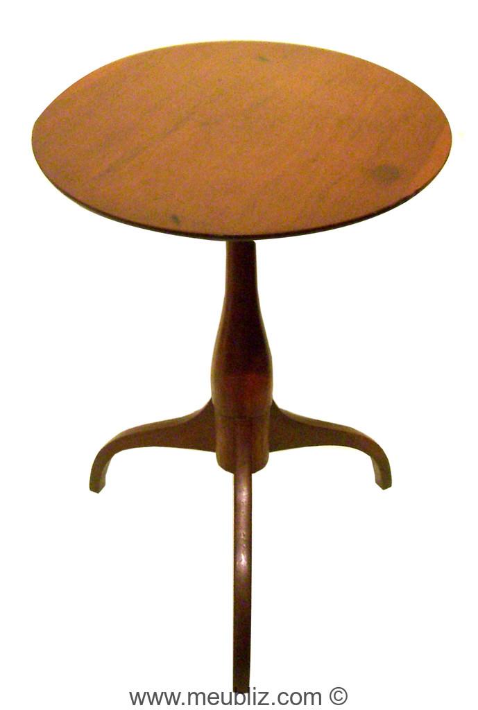 Gu ridon shaker sur tr pied meuble de style - Meuble shaker ...
