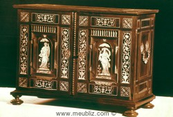 Cabinet bas baroque flamand