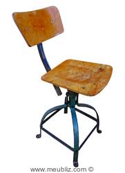 Chaise industrielle n°204 de la société Biénaise