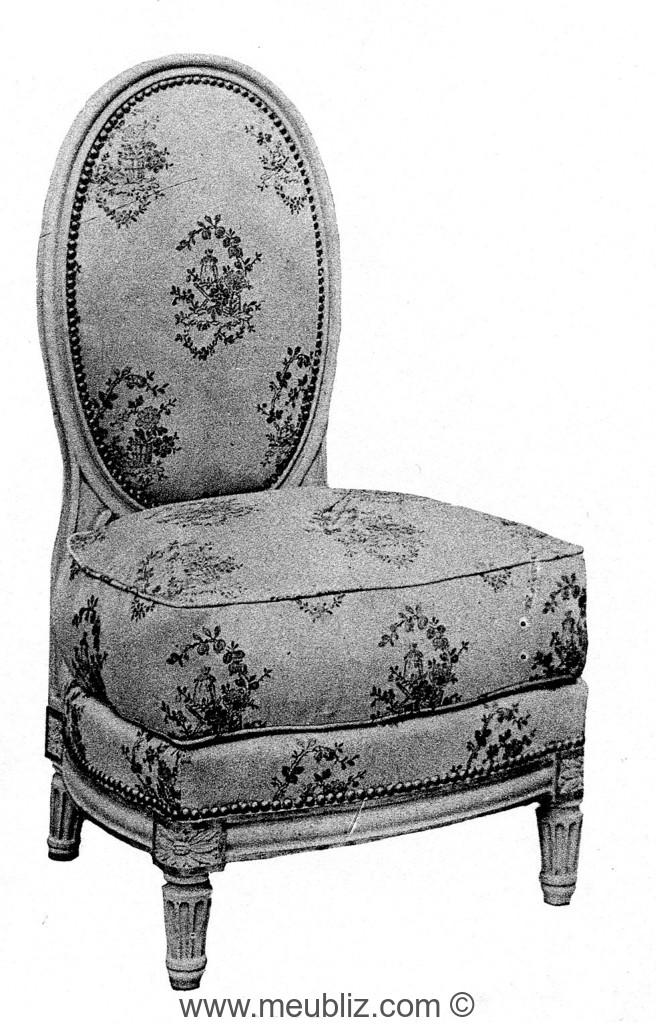 chauffeuse louis xvi dossier m daillon plat sur pieds bas meuble de style. Black Bedroom Furniture Sets. Home Design Ideas