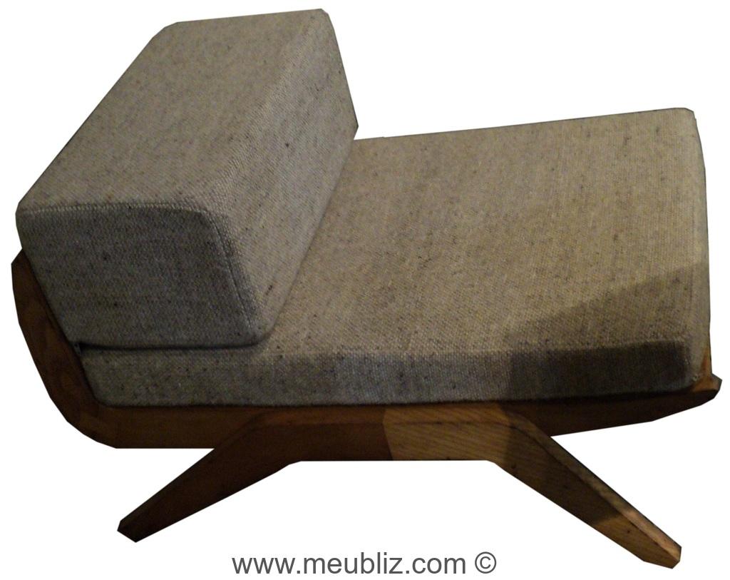 fauteuil bas par charlotte perriand meuble design. Black Bedroom Furniture Sets. Home Design Ideas