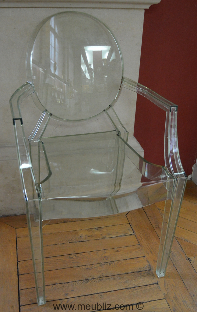 fauteuil louis ghost par philippe starck meuble design. Black Bedroom Furniture Sets. Home Design Ideas