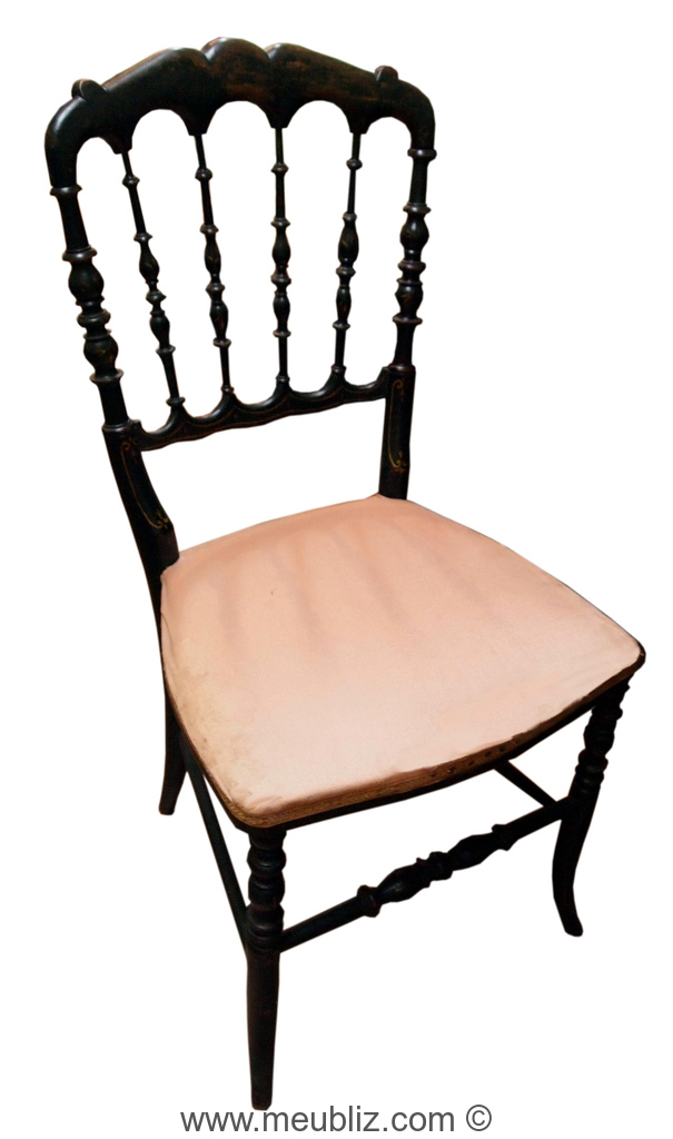 Chaise Volante A Arcades Et Laquee Noire De Style Napoleon 3