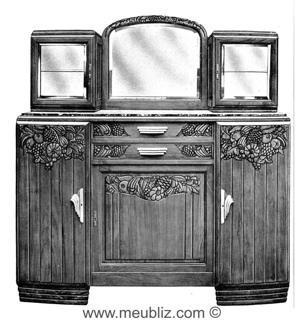 buffet trois portes art d co 1930 en bois massif avec. Black Bedroom Furniture Sets. Home Design Ideas
